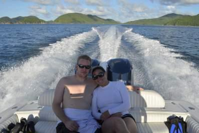 Discover St Thomas surroundings on this Center Console 33' Jupiter boat