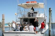 Discover Islamorada surroundings on this Evans Evans boat