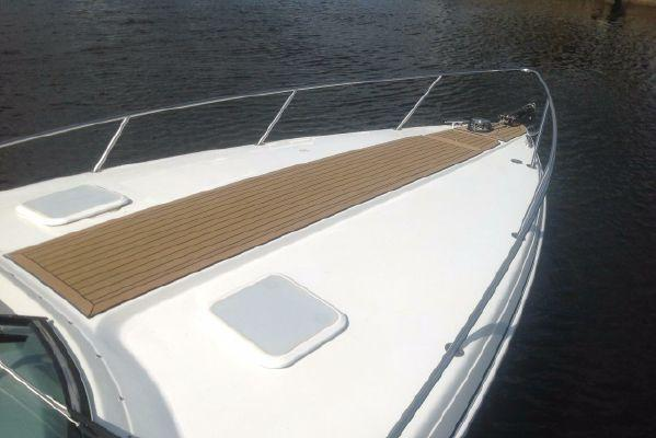 Boat for rent Formula 33.0 feet in Haulover Marina,