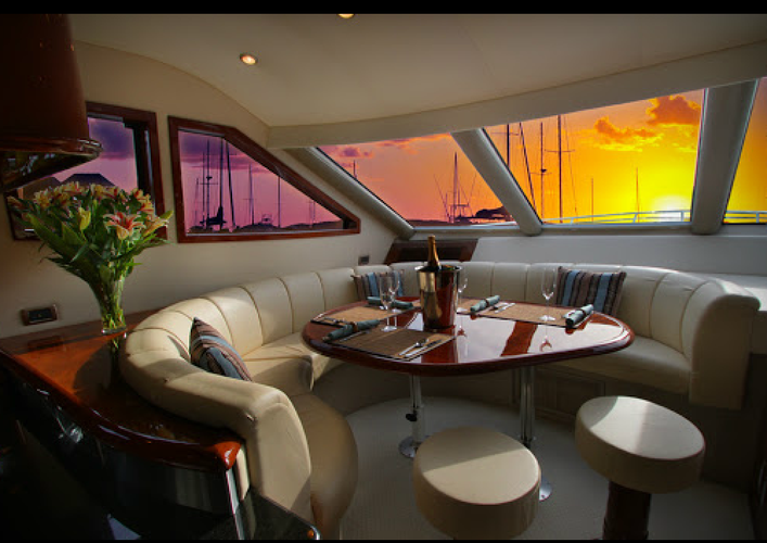 Convertible boat for rent in Fort Lauderdale