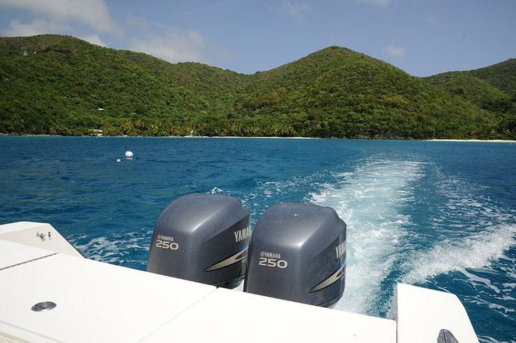 Center console boat rental in Cruz Bay, U.S. Virgin Islands