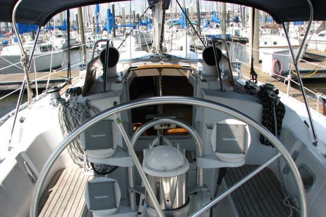 39.0 feet Beneteau in great shape