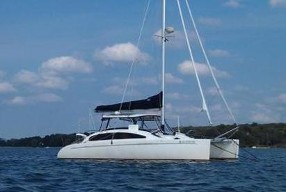 This 30.0' Catamaran cand take up to 12 passengers around Kemah