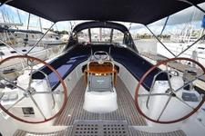 Enjoy a beautiful sail on this spacious Jeanneau