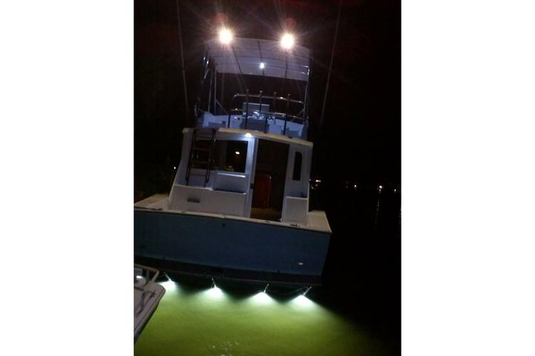 Offshore sport fishing boat for rent in Cocoa Beach