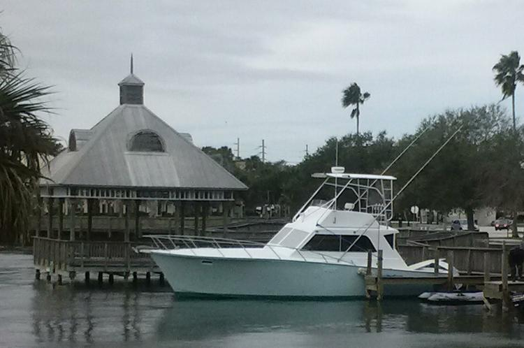 Offshore sport fishing boat rental in Cocoa Beach, FL