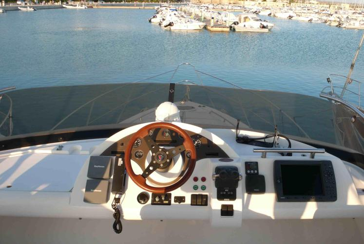 Flybridge boat for rent in furnari, Messina
