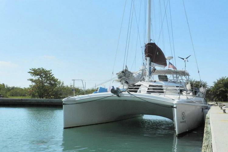 Catamaran boat for rent in Jacksonville