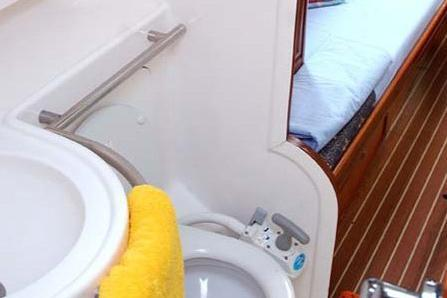 Sloop boat rental in Myrina, Greece