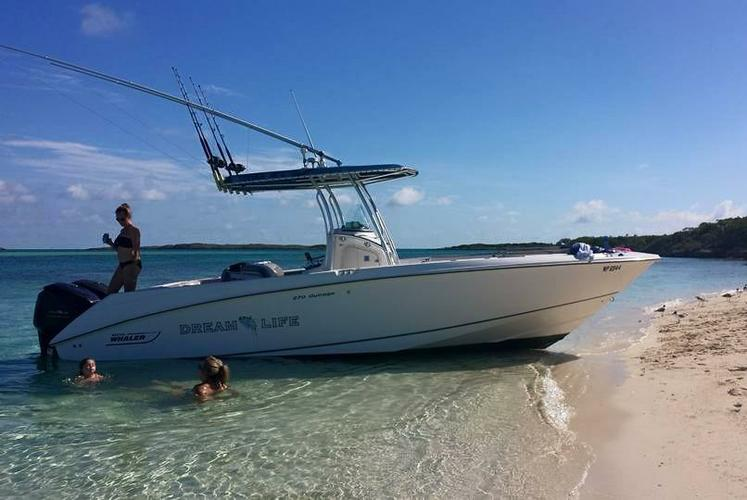 Rent a tiara express 36 39 motorboat in nassau bs on sailo for Motor boat rental boston