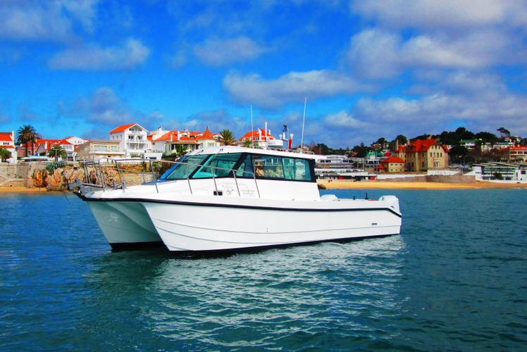 Boat rental in Lisbon,