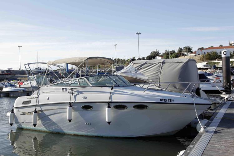 Ideal boat for relaxing, cruising and watersports