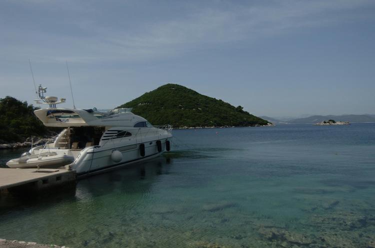 Motor yacht boat rental in Dubrovnik, Croatia