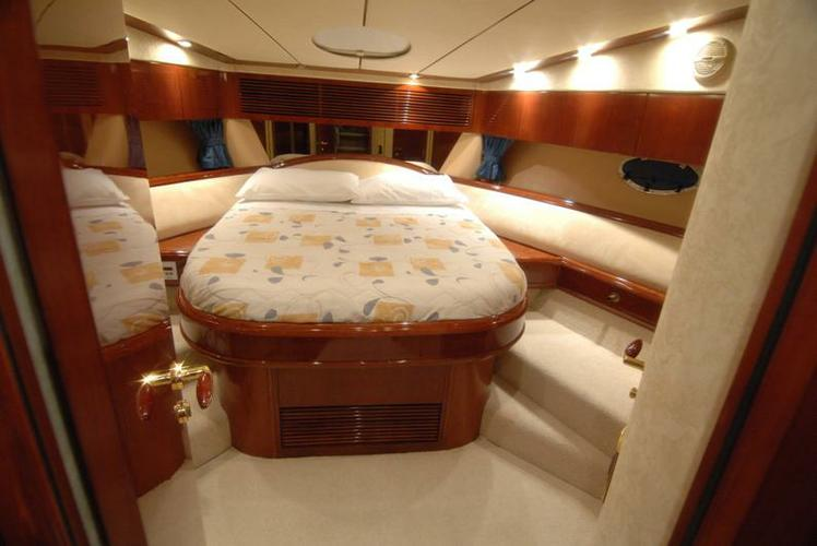 Motor yacht boat for rent in Dubrovnik