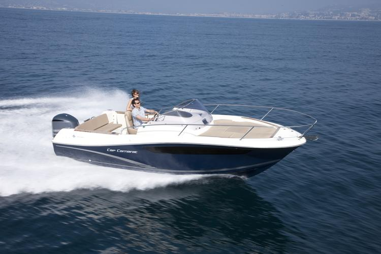 This 23.0' Jeanneau cand take up to 6 passengers around Dubrovnik