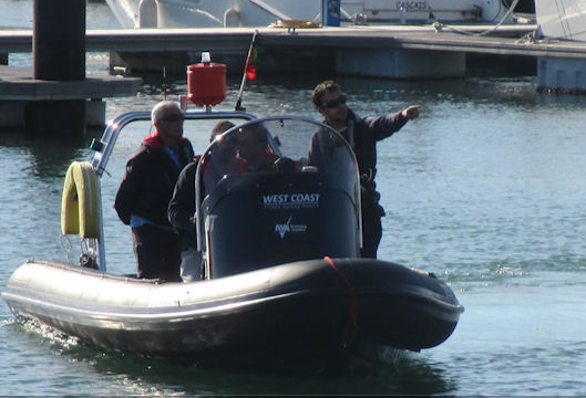 Rigid inflatable boat rental in Marina de Oeiras - Porto de Recreio, Portugal