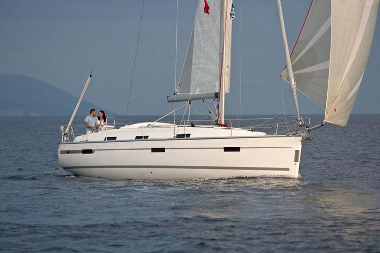 Bavaria boat for rent in Belem
