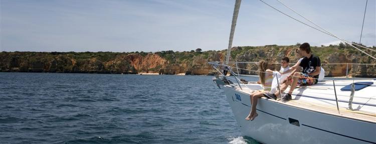 Boat for rent Beneteau 41.0 feet in Marina de Lagos,