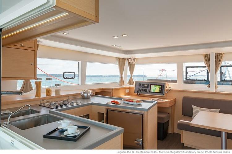 Discover Faro surroundings on this Lagoon 450 S Sportop Lagoon boat