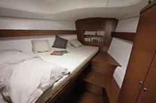 thumbnail-4 Dufour 38.0 feet, boat for rent in Horta, PT