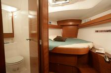 thumbnail-8 Dufour 40.0 feet, boat for rent in Horta, PT