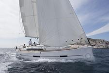thumbnail-1 Dufour 41.0 feet, boat for rent in Horta, PT