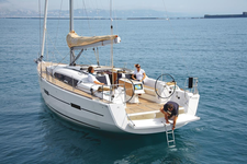 thumbnail-3 Dufour 41.0 feet, boat for rent in Horta, PT