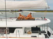 Rent the New Lagoon 450 S sportop in Algarve