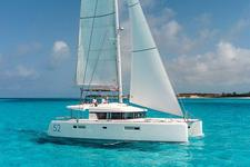 Enjoy sailing on this contemporary Lagoon!