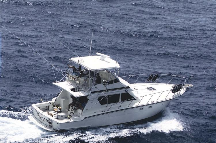 Offshore sport fishing boat for rent in San Juan