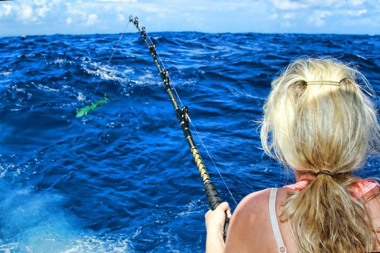 Boating is fun with a Offshore sport fishing in San Juan