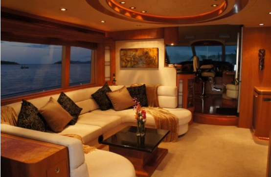 Up to 2 persons can enjoy a ride on this Motor yacht boat