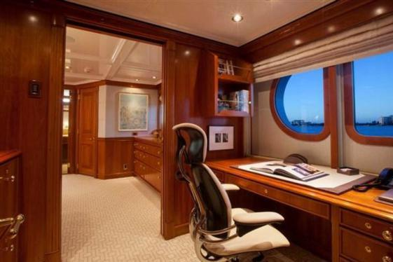 Up to 10 persons can enjoy a ride on this Motor yacht boat