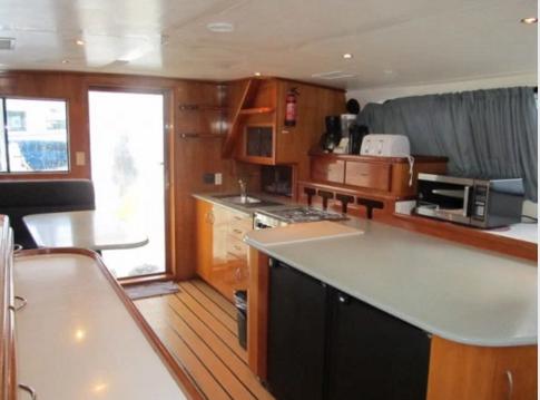 Discover Tortola surroundings on this Custom Power Catamaran boat