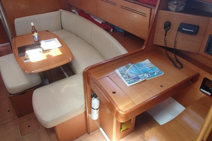 Boat for rent Beneteau 39.0 feet in Fort Burt Marina, British Virgin Islands