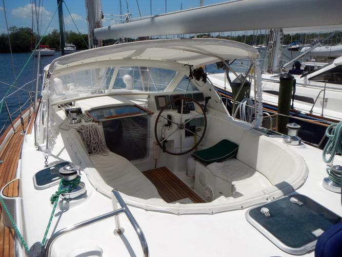 Daysailer / Weekender boat rental in Dinner Key Marina, FL