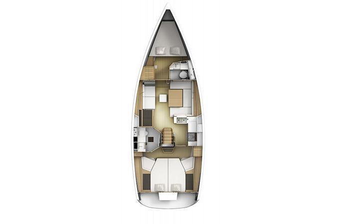 Discover Road Town surroundings on this 41 DS Jeanneau boat