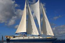 The Largest Sailing Trimaran in the World in the Caribbean!