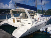 Superb catamaran for sailing the warm BVI waters!