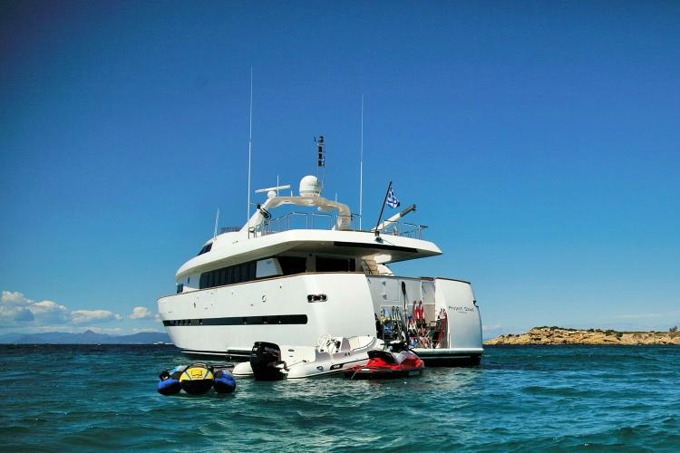 Discover Athens surroundings on this 100 Bugari boat