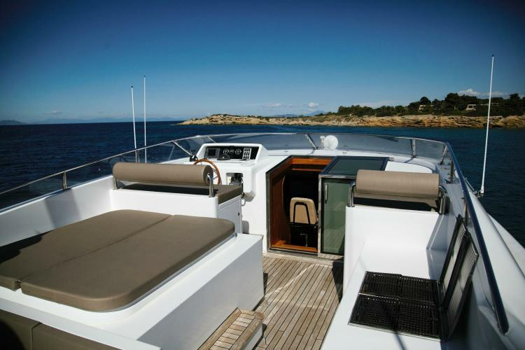 Boat for rent Bugari 100.0 feet in Athens, Greece