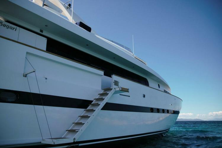 Mega yacht boat for rent in Athens