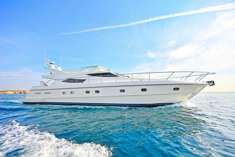 Cruise the Med on this luxurious Motor Yacht