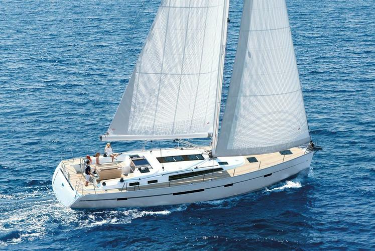 Have the perfect holiday on this stunning sailing yacht