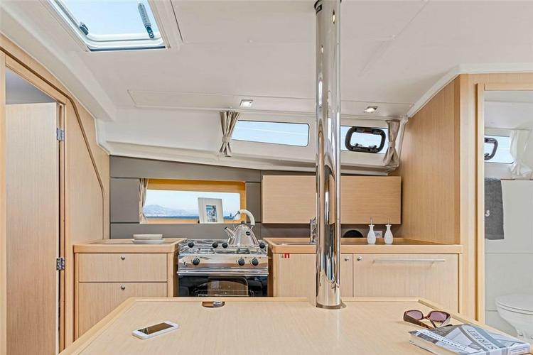 Beneteau boat for rent in Athens
