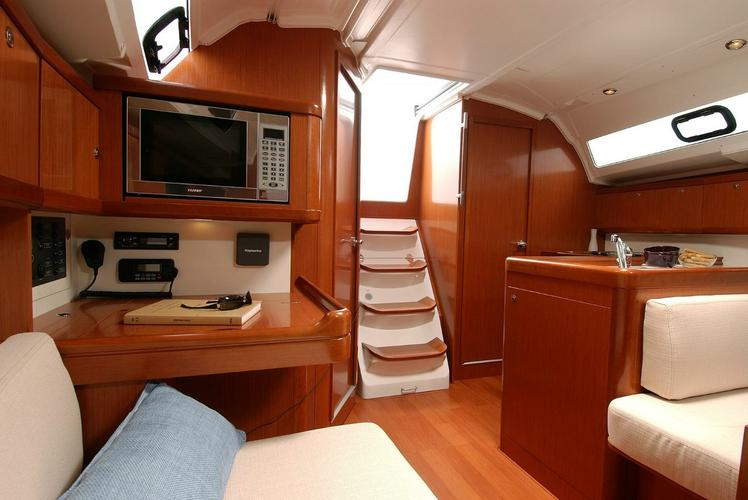 Boat for rent Beneteau 37.0 feet in Athens,