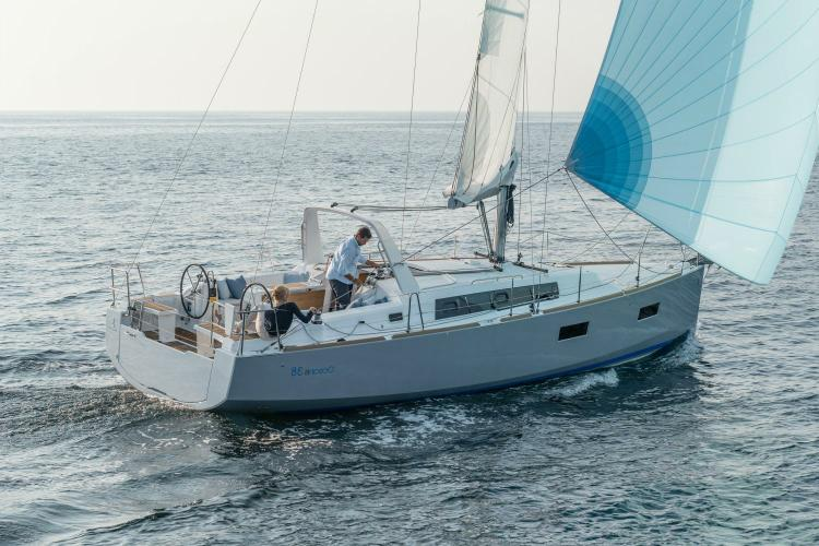 Discover Athens surroundings on this  Oceanis 38 Beneteau boat