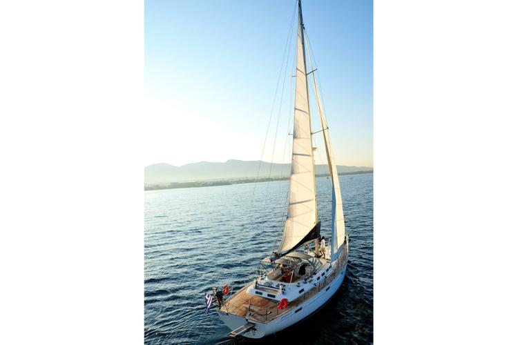 Discover Athens surroundings on this Beneteau 57 Beneteau boat