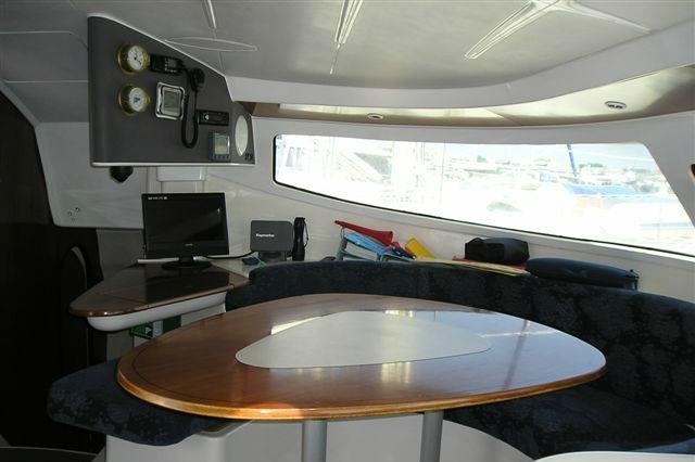 Discover Athens surroundings on this Athena 38 Fountain Pajot boat