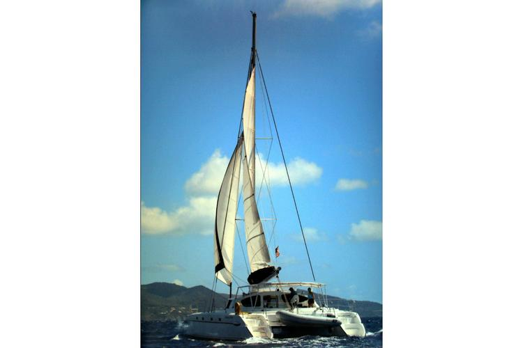 Catamaran boat for rent in Athens